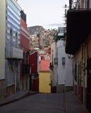 Vicolo nella città di Guanajuato fotografia stock libera da diritti