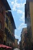 Vicolo nella città di Pisa Fotografie Stock Libere da Diritti