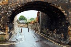 Vicolo a Oxford un il giorno piovoso Fotografia Stock Libera da Diritti