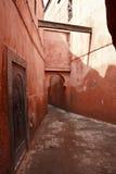 Vicolo rosso fotografie stock libere da diritti