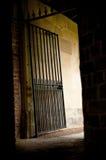 Vicolo scuro Fotografia Stock Libera da Diritti