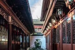 Vicolo Shanghai dell'arco di architettura del cinese tradizionale Fotografia Stock Libera da Diritti