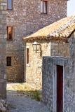 Vicolo stretto Ulcinj - nel Montenegro, Balcani Fotografia Stock