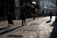 Vicolo sulla vecchia città immagini stock