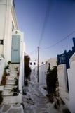 Vicolo tradizionale di Mykonos nell'estate Fotografia Stock