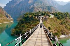 Victoria Bridge sobre o rio de Beas em Mandi em Himachal Pradesh fotos de stock royalty free