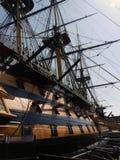 Victoria del HMS en el muelle del puerto de Portsmouth Foto de archivo libre de regalías