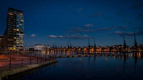 Victoria Dock real no crepúsculo Imagem de Stock Royalty Free