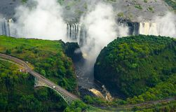 Victoria Falls в Зимбабве и Замбии стоковое фото rf