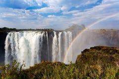 Victoria Falls с радугой Стоковые Изображения RF