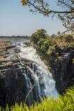 Victoria Falls en un día soleado en Zimbabwe Imagen de archivo