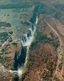 Victoria Falls i Zimbabwe på torkan, antennskott Royaltyfri Fotografi