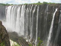 Victoria Falls majestueux sur le fleuve de Zambezi Photographie stock libre de droits