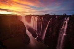 Victoria Falls nello Zambia e nello Zimbabwe fotografia stock