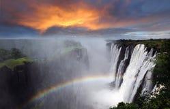 Victoria Falls regnbåge, Zambia Arkivbilder