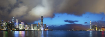 Victoria Harbor en ville de Hong Kong Photographie stock libre de droits