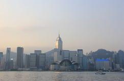 Victoria Harbour, een aardlandform haven tussen Hon wordt gesitueerd die Royalty-vrije Stock Foto's