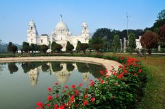 Victoria Memorial, Kolkata, Inde - réflexion sur l'eau. Image libre de droits