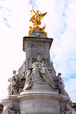 Victoria monument in london Royalty Free Stock Photography