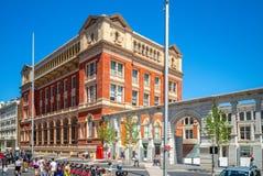 Victoria och Albert Museum i London, UK arkivbild