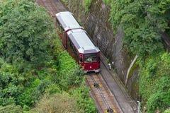 Victoria Peak donne sur l'horizon de Hong Kong photos stock
