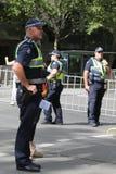 Victoria Police Constable fournit la s?curit? pendant le d?fil? 2019 de jour de l'Australie ? Melbourne images stock