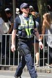 Victoria Police Constable fournit la s?curit? pendant le d?fil? 2019 de jour de l'Australie ? Melbourne image stock