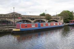 Victoria Quays ocks? som ?r bekant som Sheffield Canal Basin i Sheffield, South Yorkshire, F?renade kungariket - 13th September 2 arkivbilder