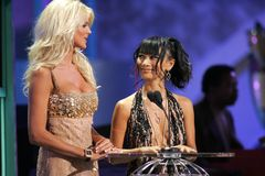 Victoria Silvstedt, Bai Ling Stock Photo