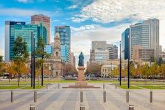 Victoria Square herein, Adelaide CBD, Süd-Australien Stockbilder