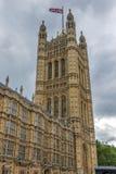 Victoria Tower i hus av parlamentet, slott av Westminster, London, England Arkivbilder