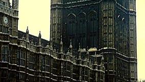 Victoria-Turm von Westminster in London stock footage