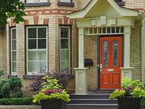 Victoriaans huis met multicolored baksteen Royalty-vrije Stock Foto's