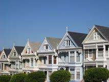 Victoriaanse huizen in San Francisco Stock Afbeeldingen