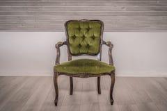 Victoriaanse stoel in een woonkamer Stock Foto