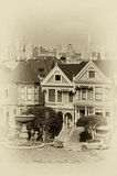 Victorianen utformar hus, Alamo kvadrerar, San Francisco, Kalifornien, Royaltyfria Bilder