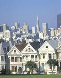 Victorianhus, San Francisco, CA fotografering för bildbyråer
