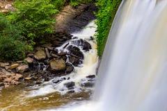 Victory Creek Trail Waterfall Arkivfoton
