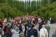 Victory Day ( 9 de mayo ) en el parque de Treptower Berlín, Alemania Fotografía de archivo libre de regalías
