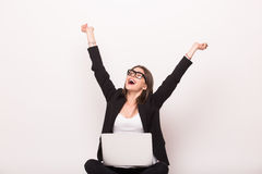 Victory scream og business woman from laptop Royalty Free Stock Photos
