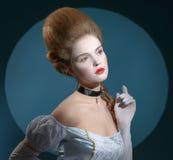 Victotorian Dame. Junge Frau Bild im des 18. Jahrhunderts Lizenzfreie Stockfotos