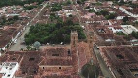 Vidéo aérienne de bourdon de Barichara en Colombie banque de vidéos