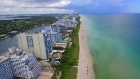 Vidéo aérienne de Mimi Beach 4k banque de vidéos