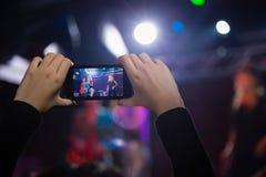 Vidéo d'enregistrement d'assistance de bande au téléphone portable photographie stock libre de droits