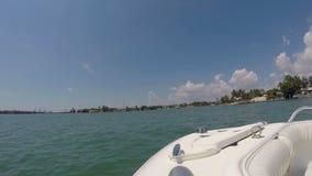 Vidéo d'un bateau à Miami banque de vidéos