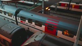 vidéo de 4K UHD d'activités de trains de station de Berne banque de vidéos