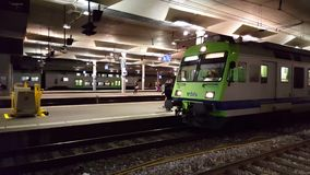 vidéo de 4K UHD d'une station de train de Suisse clips vidéos