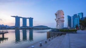 Vidéo de laps de temps de sunrising au parc de Merlion de la ville de Singapour, Singapour clips vidéos