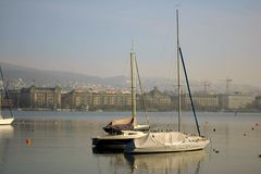 Vid sjön Fotografering för Bildbyråer