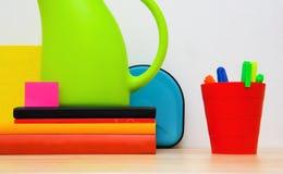 Vida ainda colorida escritório imagem de stock